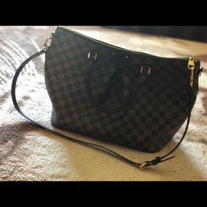 Louis Vuitton brand new only used once!!